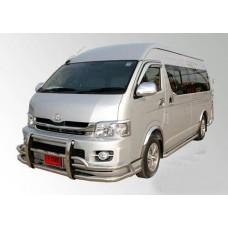 เชียงใหม่ รถตู้ ให้เช่า Toyota Commuter D4D หลังคาสูง เจ้าของรถตู้เป็นคนขับเอง ชำนาญเส้นทางเป็นอย่างดี สุภาพเป็นกันเองและใจดี 095527899 ปิยะ