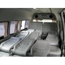 เชียงใหม่ ให้เช่า รถตู้ Toyota D4D  วันละ 1800 บาทเจ้าของรถตู้ เป็นคนขับเอง เบาะ VIP 10 ที่นั่ง